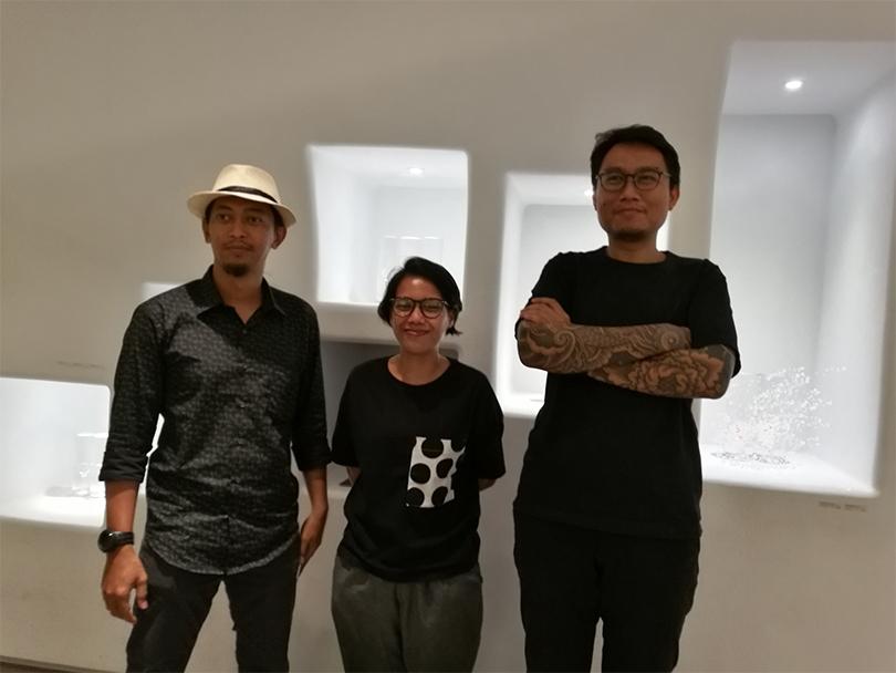 MG. Priggotonono, Ajeng Jurul Aini and Leonhard Bartolomeus made presentation(from left to right) ⓒArtro