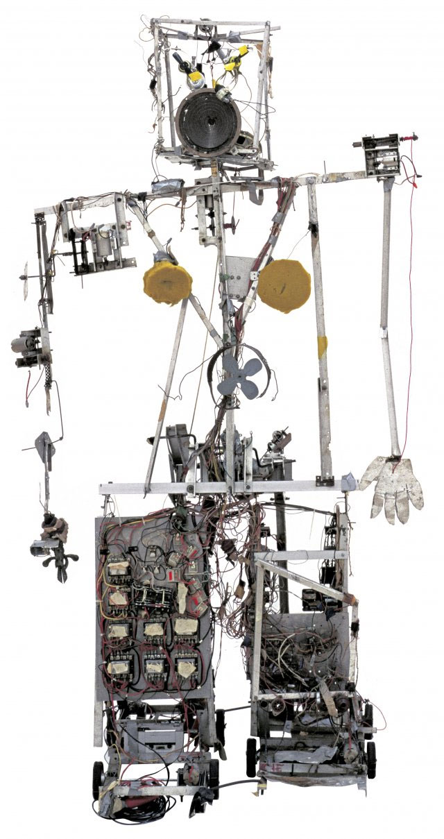 〈Robot K-456〉(1964) 20-channel radio controlled robot, aluminium profiles, wire, wood, electrical divide, foam material, and control-turn out 1830 x 1030 x 720 mm Courtesy Friedrich Christian Flick Collection in Hamburger Bahnhof. Image Provided by DongA.com