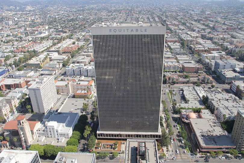 Equitable Life Building, Los Angeles (2014). Courtesy Equitable Vitrines.